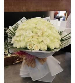 beyaz güller buketi